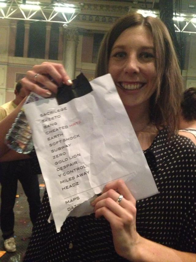 Katie with the setlist
